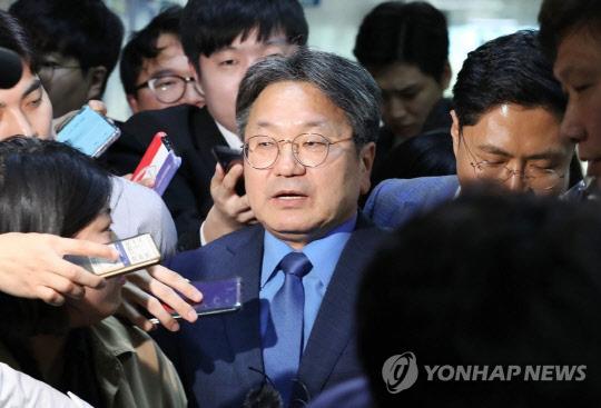 """강기정 靑 정무수석 """"조국 사퇴, 장관의 결심이었다"""""""